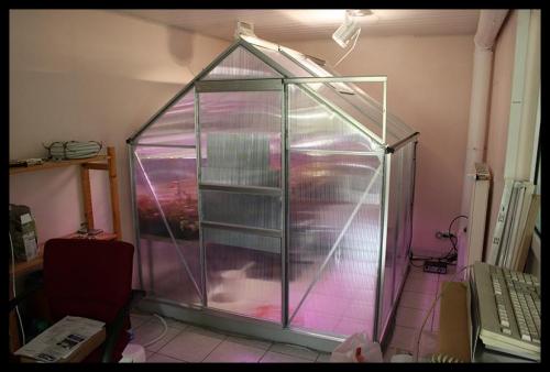 I Indoorhouse